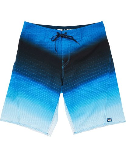 0 Boys' Fluid Pro Boardshorts Blue B131TBFL Billabong