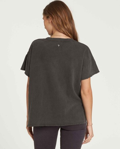 2 It Matters Boyfriend Tee Black J925QBIT Billabong