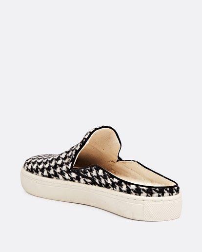 1 Carefre Slip-On Shoes Black JFCTSBCA Billabong