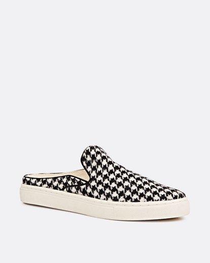0 Carefre Slip-On Shoes Black JFCTSBCA Billabong