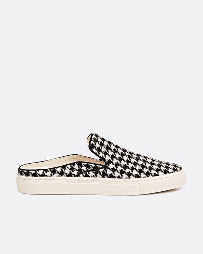 2 Carefre Slip-On Shoes Black JFCTSBCA Billabong