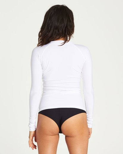 2 Core Performance Long Sleeve Rashguard White JWLYJCCL Billabong