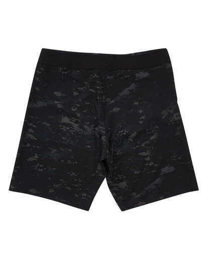 1 Multicam AIrlite Boardshorts Black M105TBDC Billabong