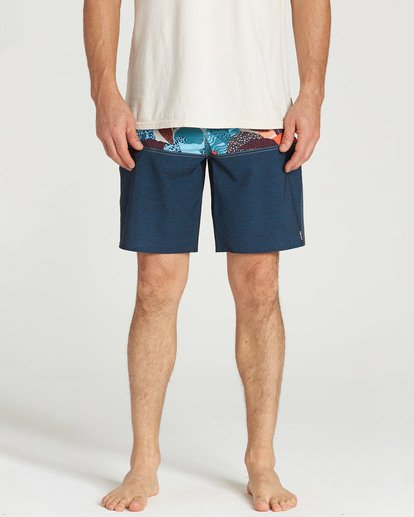 4 Tribong Pro Boardshorts Blue M120TBTB Billabong