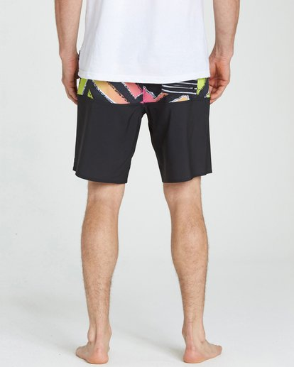 4 Tribong X Boardshorts Black M121NBTB Billabong