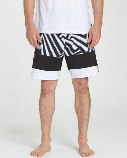 3 Pump X Boardshorts Black M127NBPM Billabong