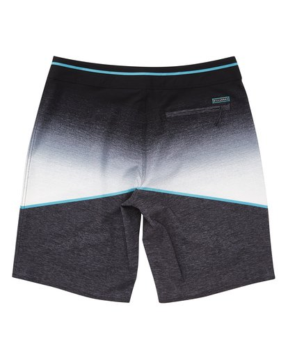 1 North Point Pro Boardshorts Black M130TBNP Billabong