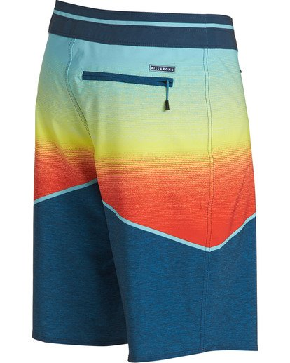 2 North Point Pro Boardshorts Orange M130TBNP Billabong