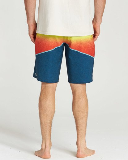 4 North Point Pro Boardshorts Orange M130TBNP Billabong