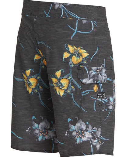 2 All Day Floral Pro Boardshorts Black M132TBAF Billabong