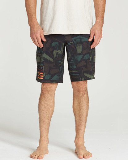 3 SUNDAYS X HAWAII Camo M133QBSH Billabong