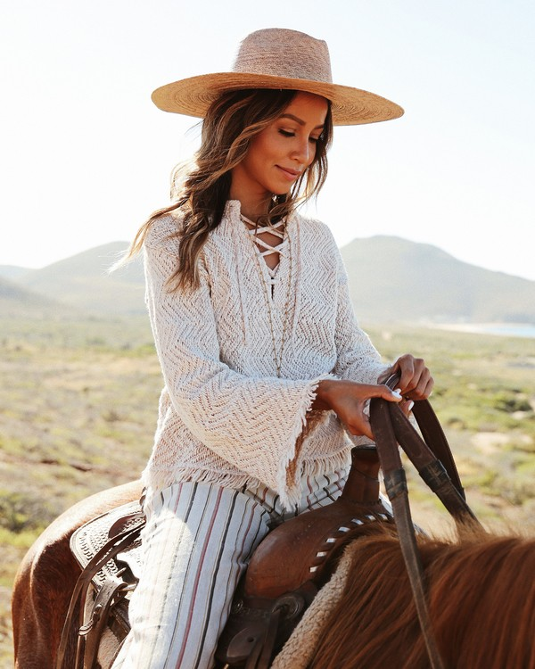 0 Sincerely Jules Palms For Daze Sweater White JV14TBPA Billabong