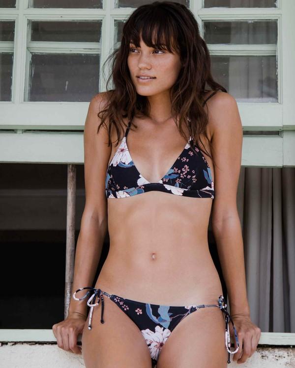 0 Calm Shores Fixed Triangle Bikini Top  XT38PBCA Billabong