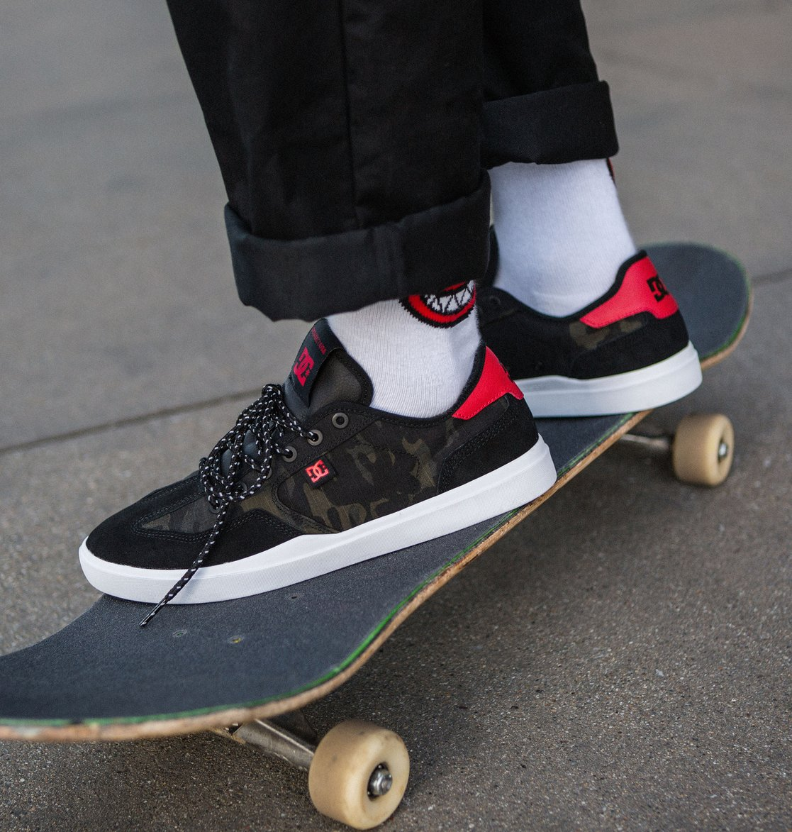 5 Vestrey SE Shoes Black ADYS100448 DC Shoes 391e47a5a0