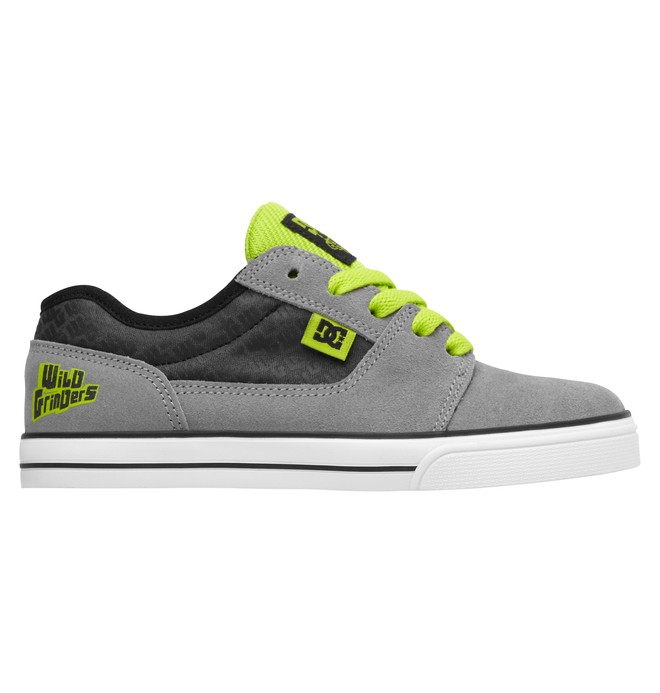 0 Boy's Wild Grinders Bristol Shoes  320290B DC Shoes