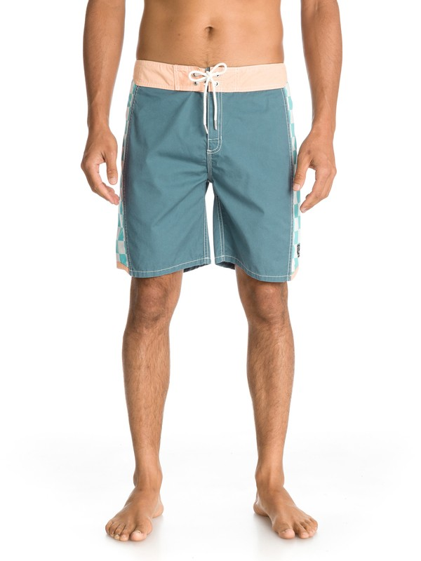 0 Arch 18  EQYBS00002 Quiksilver