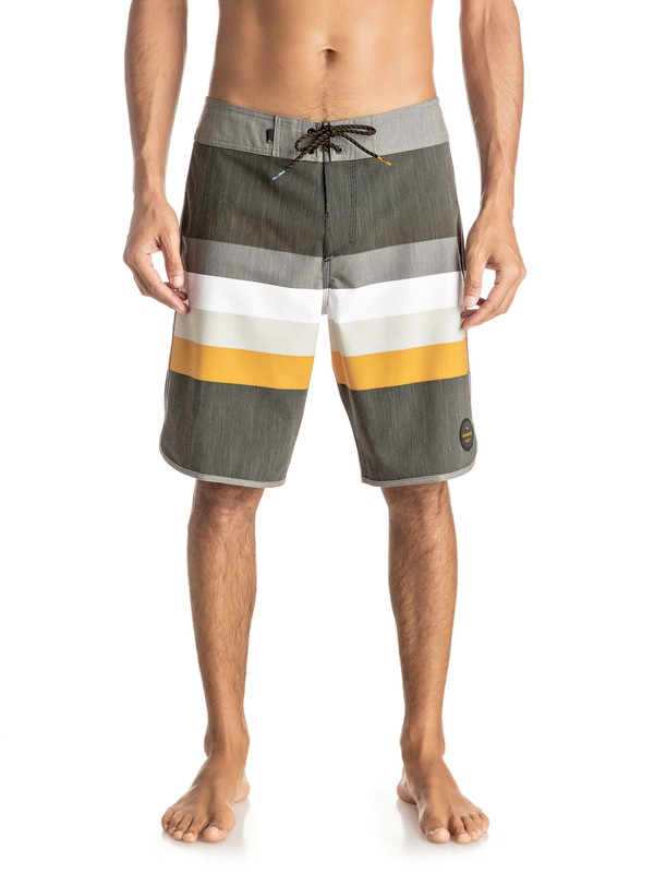 "0 Seasons Scallop 20"" Boardshorts  EQYBS03615 Quiksilver"