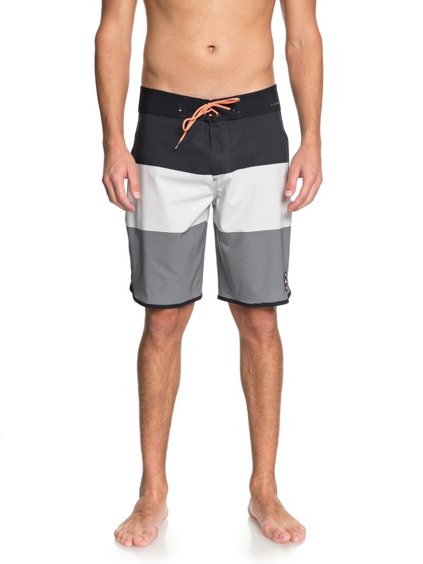 "0 Highline Tijuana Scallop 20"" Boardshorts Grey EQYBS03851 Quiksilver"