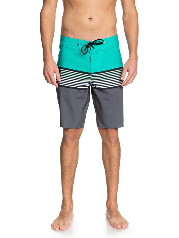 "0 Highline Division 20"" Boardshorts Green EQYBS03893 Quiksilver"
