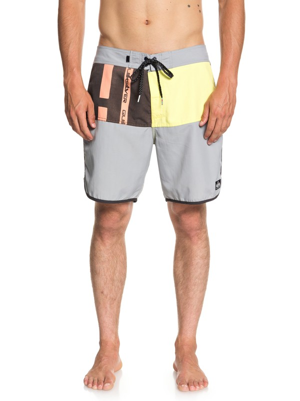 "0 Men's Beach Daze Scallop 18"" Boardshorts Grey EQYBS04017 Quiksilver"