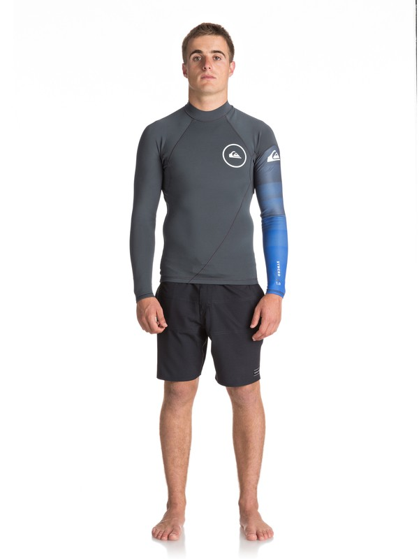 0 1mm Syncro Series Long Sleeve Neoprene Surf Top Black EQYW803007 Quiksilver