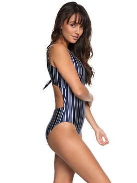 URBAN WAVES ONE PIECE  ERJX103140