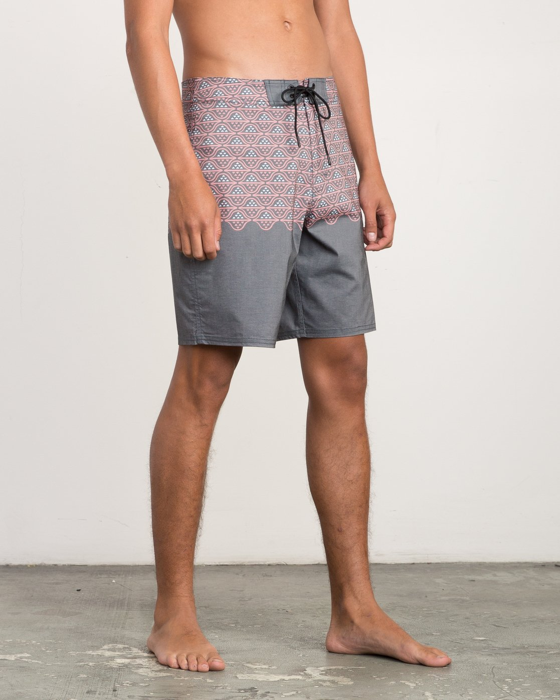 "6 Dutch 19"" Boardshort Black M107QRDU RVCA"