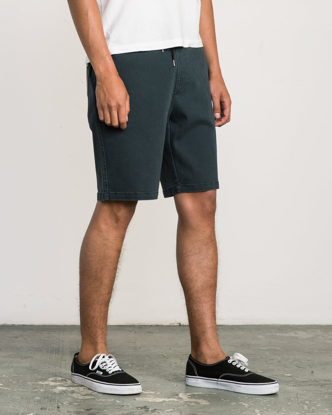 6 AR Everyday Elastic Short Black M203SREV RVCA