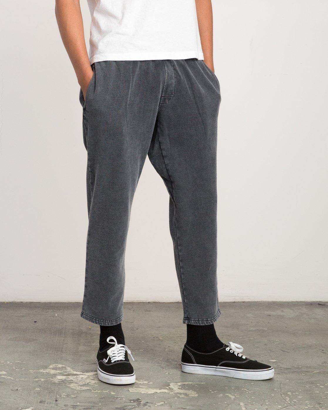 5 Matador Pigment Fleece Sweat Pants Black M312QRMA RVCA