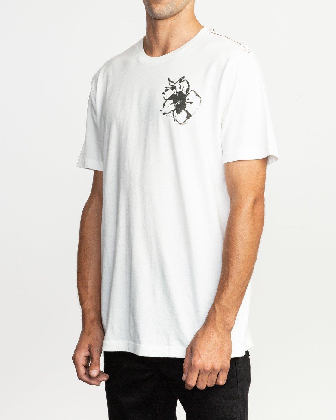 4 Sage Vaughn Mono Flower T-Shirt White M430TRMO RVCA