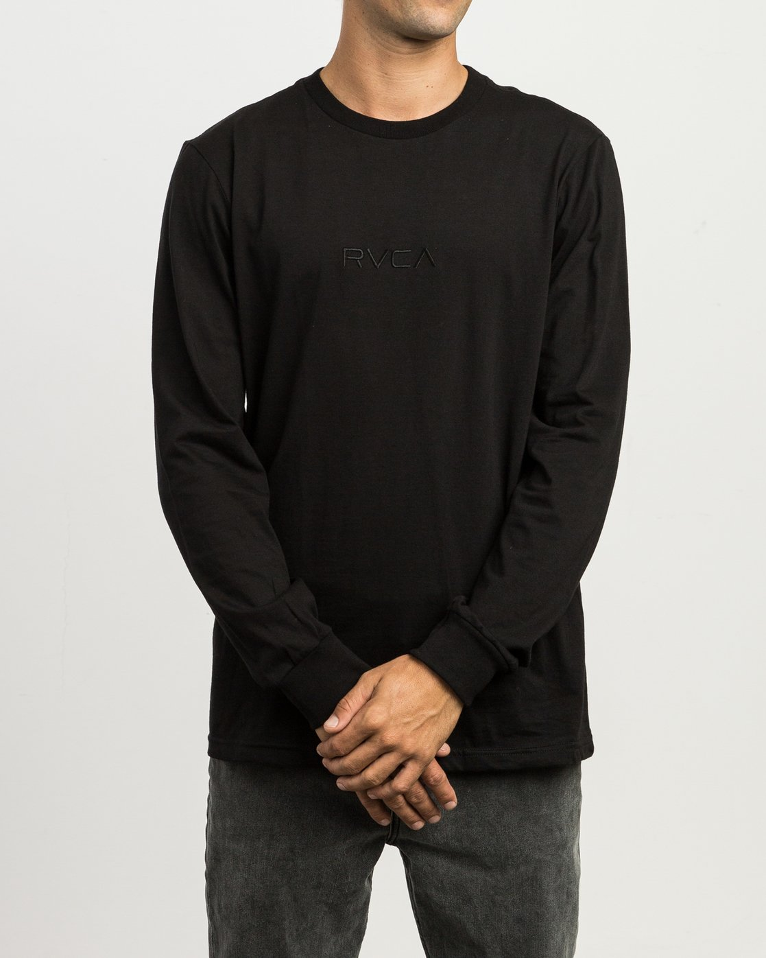 1 Small RVCA Embroidered Long Sleeve T-Shirt Black M465SRSM RVCA