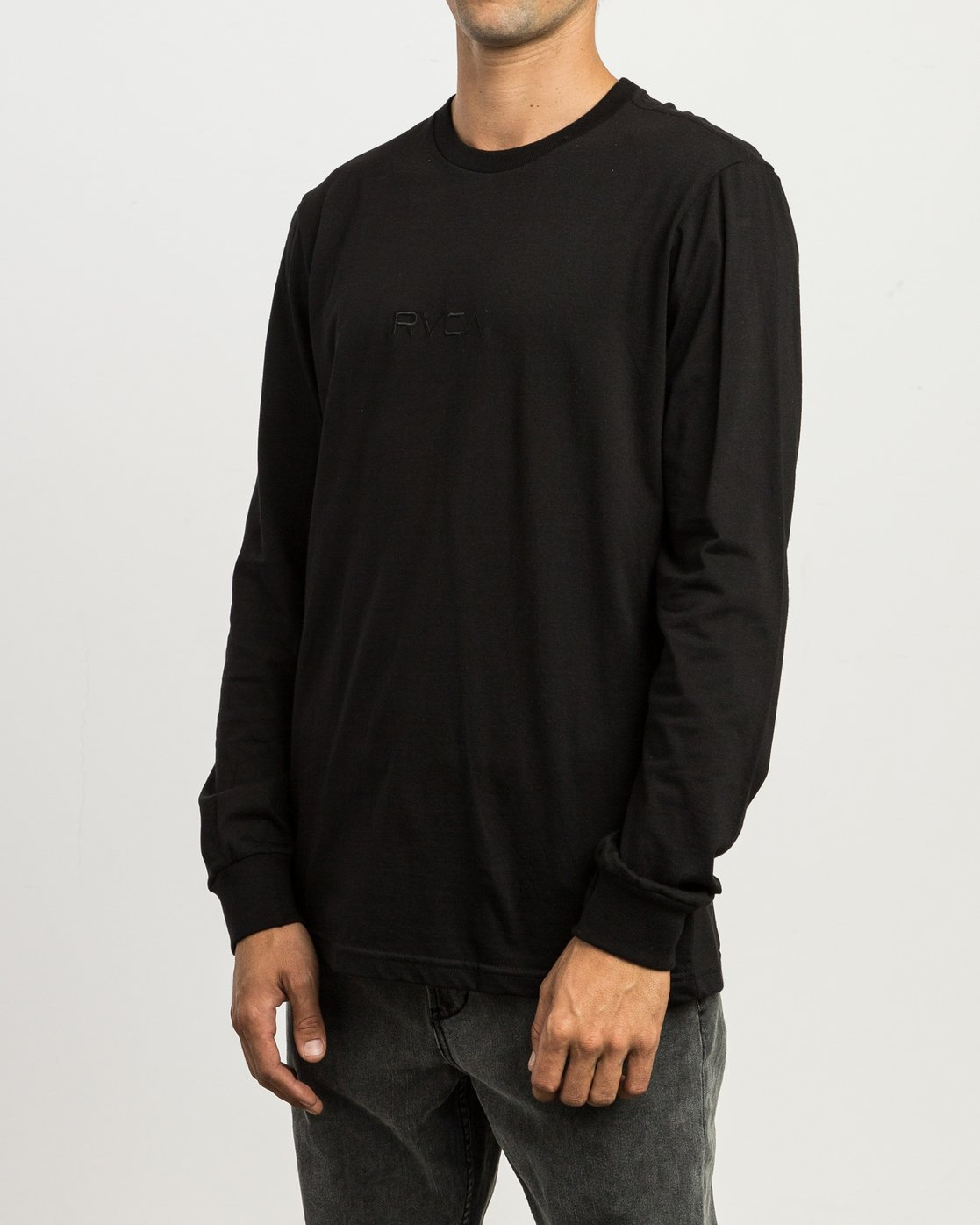 2 Small RVCA Embroidered Long Sleeve T-Shirt Black M465SRSM RVCA