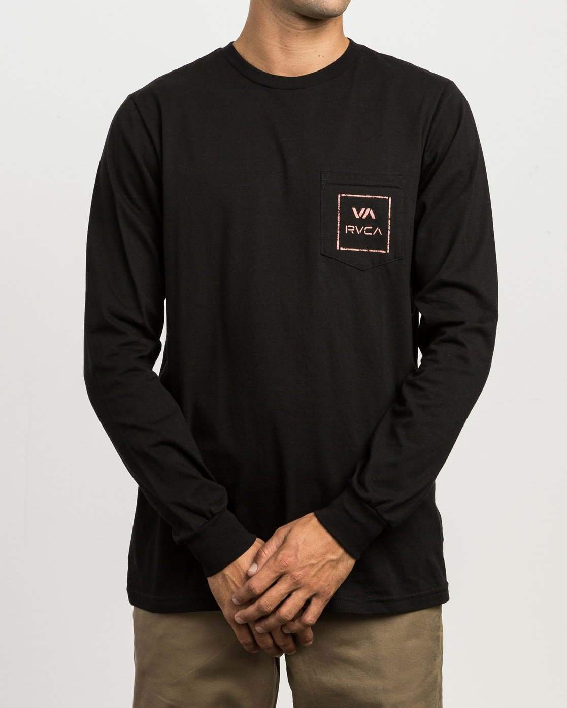 2 VA Spray Long Sleeve Pocket T-Shirt Black M495SRVA RVCA