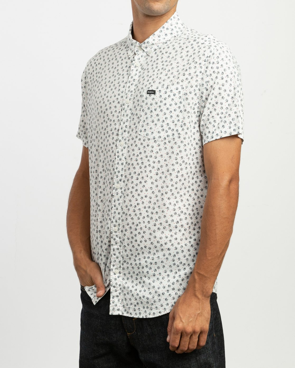 2 Ficus Floral Button-Up Shirt White M520TRBF RVCA