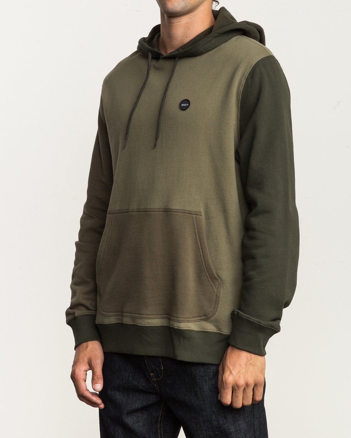 2 Ruddy Color Blocked Hoodie Green M605QRRD RVCA
