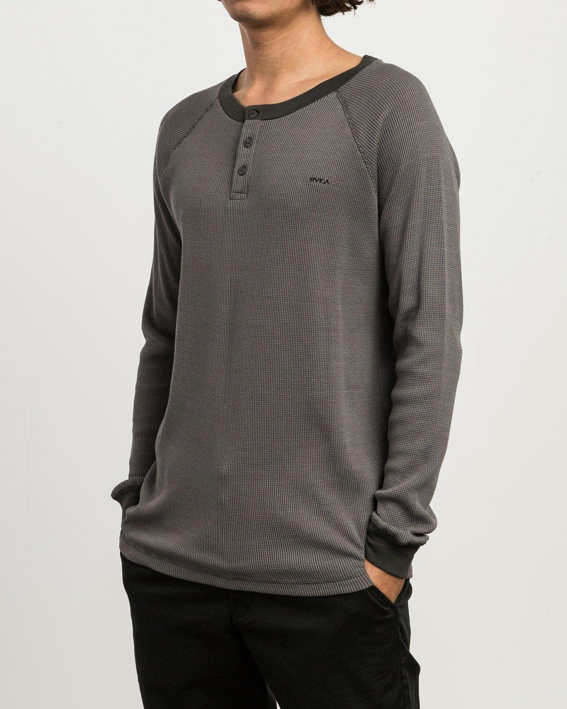 2 Moorside Thermal Henley Shirt Black M954SRMT RVCA