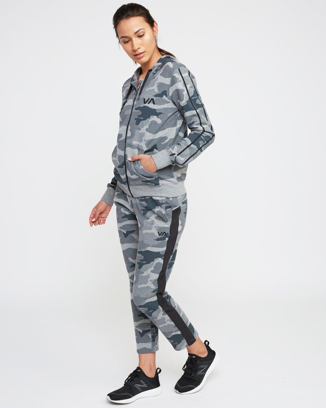 0 Tycho Fleece Jogger Pants Camo T301SRTJ RVCA
