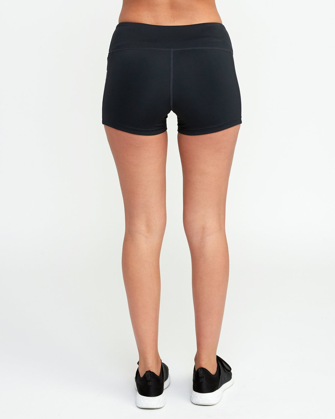 4 VA Fitted Short Black TQ51QRSH RVCA