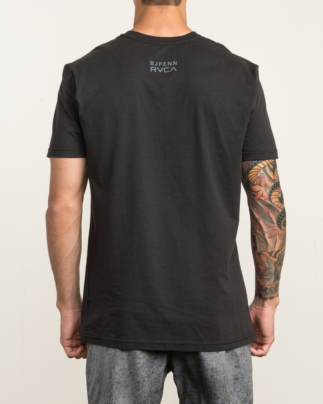 3 All Penn T-Shirt Black V402SRAL RVCA