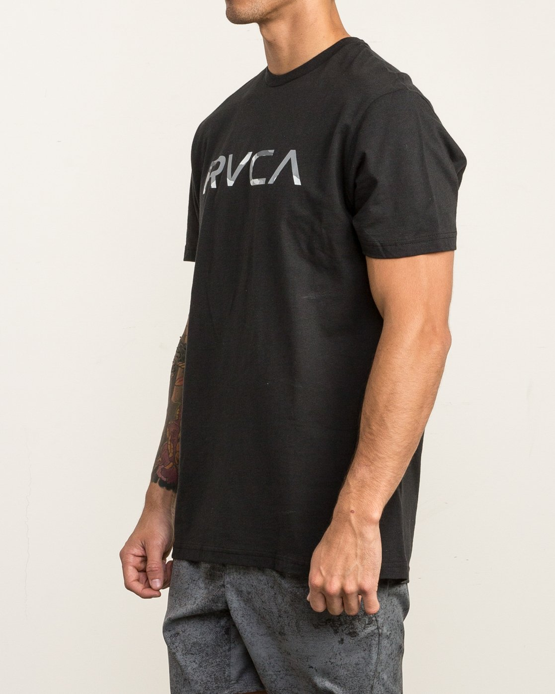 3 Big RVCA Sport T-Shirt Black V402SRBI RVCA