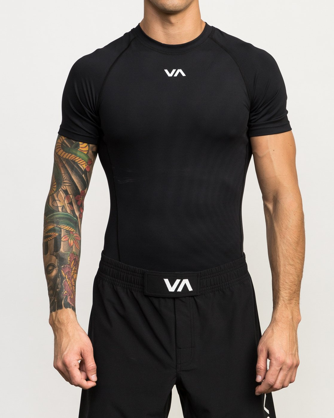 1 VA Performance Short Sleeve Shirt Black V901QRCS RVCA