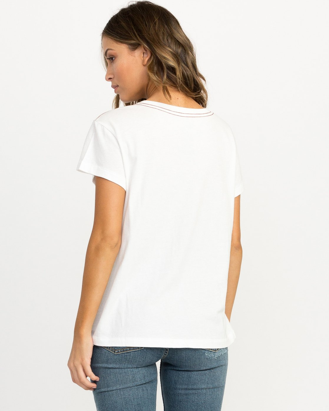 2 Michelle Blade Resist T-Shirt White W404QRRE RVCA