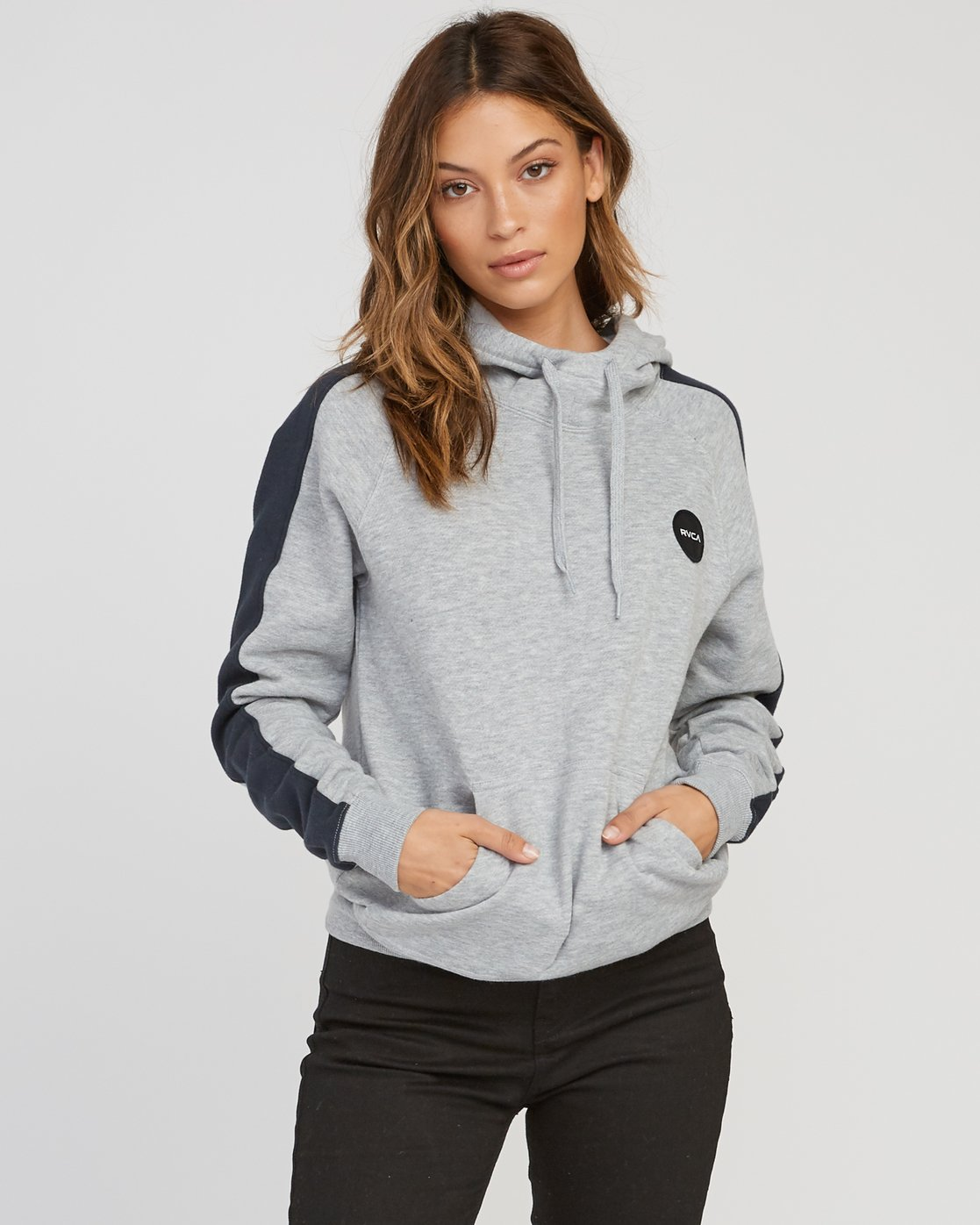 1 Motors Patch Colorblocked Hoodie  W612SRMO RVCA