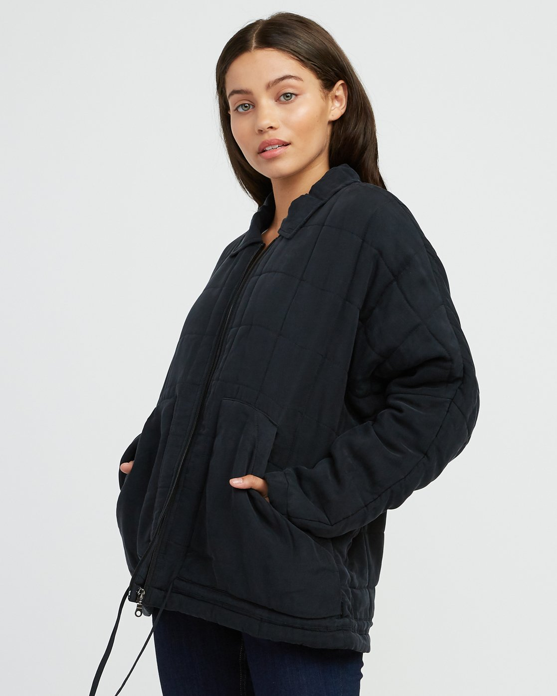 2 Carton Quilted Jacket Black W702SRCA RVCA