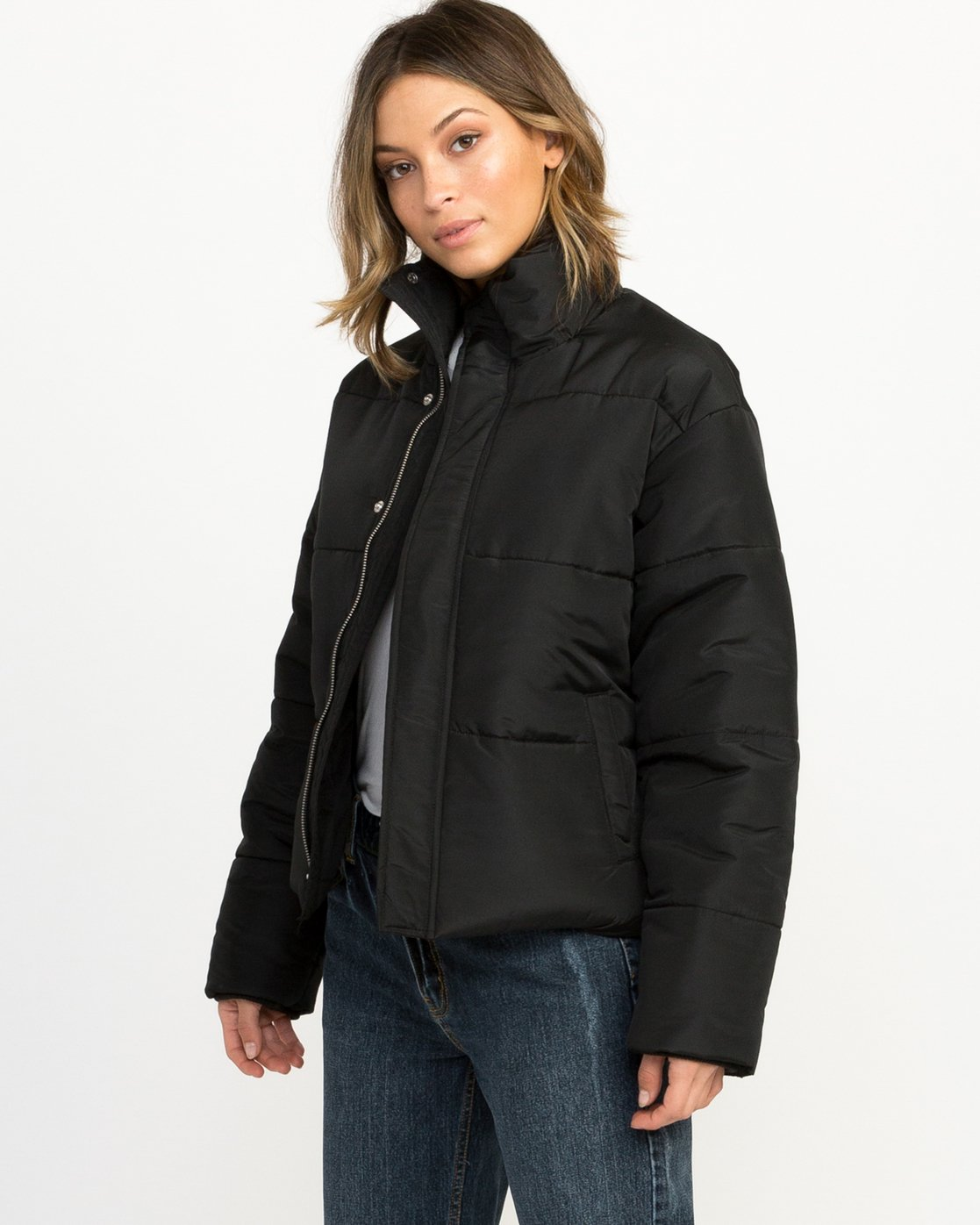 2 Eezeh Puffer Cropped Jacket Black W703QREE RVCA