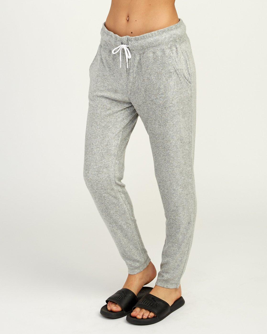 2 Whisper Fleece Pant Grey WL11TRWP RVCA