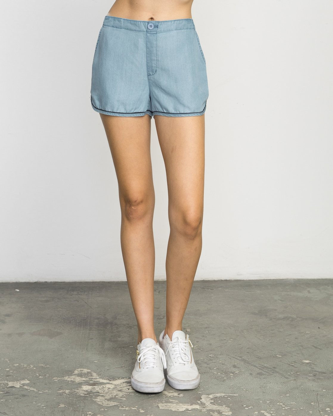 1 Golden Days Chambray Short  WL203GOD RVCA