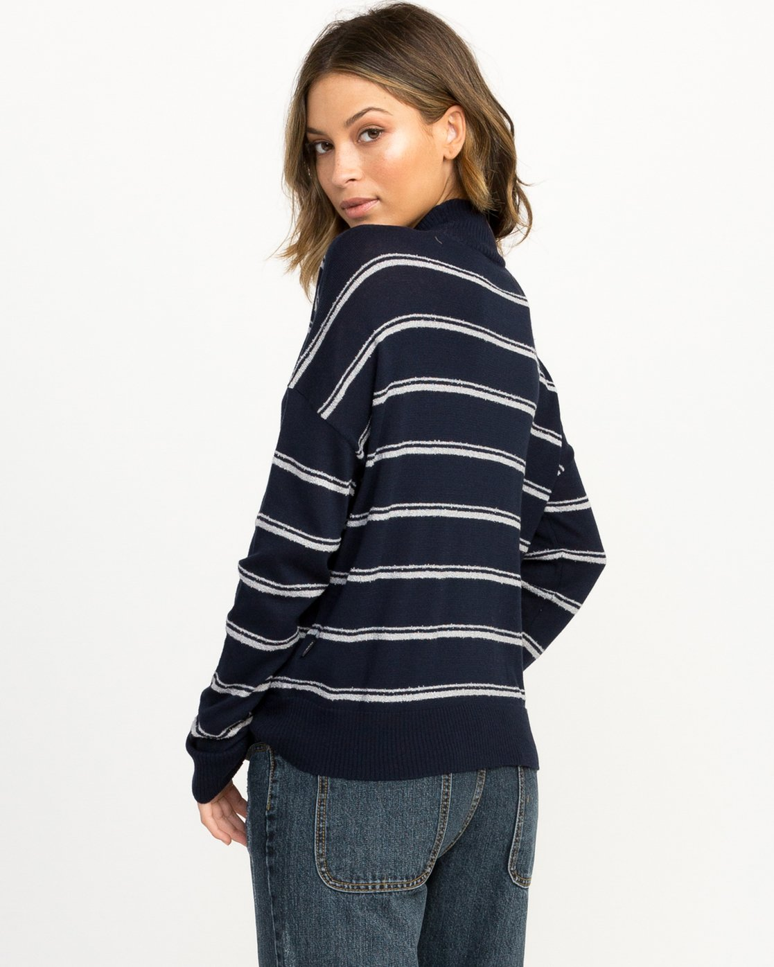 2 Armed Striped Sweater Blue WV01QRAR RVCA