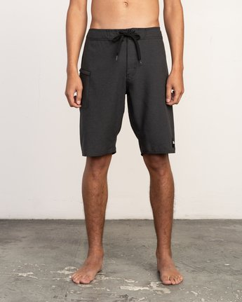 "1 Upper 20"" Boardshort Black M166TRUP RVCA"