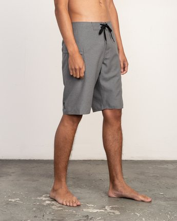 "6 Upper 20"" Boardshort Grey M166TRUP RVCA"